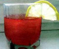 Напиток из клюквы с имбирем лимоном и