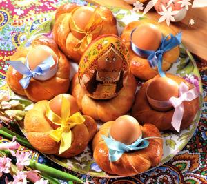 Булочки-подставки для пасхальных яиц