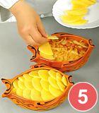 Окуни вареные с яйцами и маслом